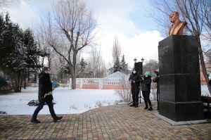 Луганщина: Його життя — приклад боротьби за волю