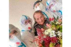 У Чернівецькій області вилікували довгожительку