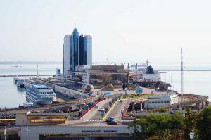 Підприємці з Пакистану відвідали Одеський морський порт