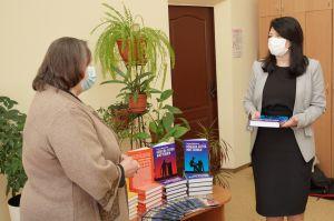 Вінниця: Книжки про Небесну Сотню — від матері Героя