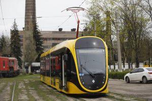 У Дніпрі проходить випробування вітчизняний трамвай
