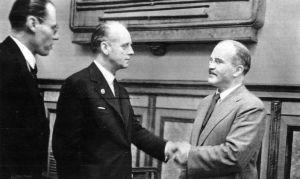 К крупнейшему конфликту ХХ века привел заговор Сталина и Гитлера
