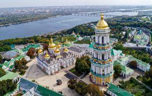 Киев поднялся на 52 ступеньки