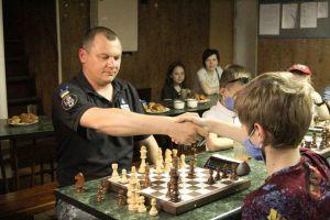 Донетчина: В Мариуполе шахматный турнир состоялся на корабле «Донбас»