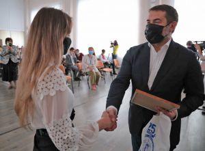 Луганщина: Таланти підтримають матеріально