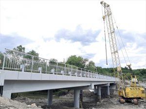 Ивано-Франковщина: Мост уже с асфальтобетонным покрытием