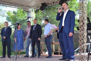 Пригласили гостей со всего Закарпатья — Березники отметили день основания