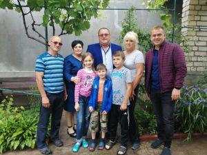 Миколаївщина: Діти знайшли родину