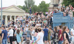 Миколаїв: Вчитимуться у... павільйоні