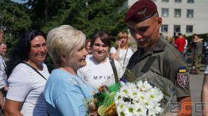 Буковина: Героев встретили наградами и концертом