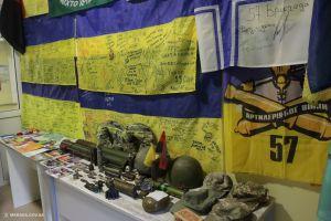 В Николаеве открылась экспозиция волонтерского поста автовокзала