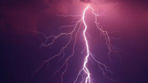 Ривненщина: Молния попала в лицей