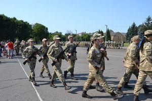 Полтава: Будущие педагоги сделали шаг в офицерский строй