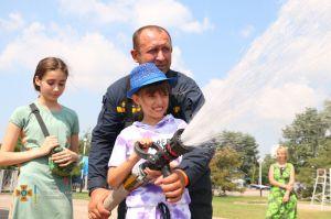 Донеччина: Малечу запросили у «Подорож до професії рятувальника»