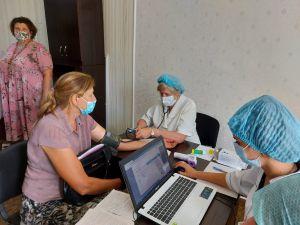 Луганщина: Поблагодарили медработников за организацию вакцинации