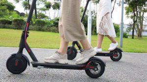 Власники електросамокатів та героскутерів поки що не правосуб'єктні — вони вже не пішоходи, але ще й не водії на дорогах