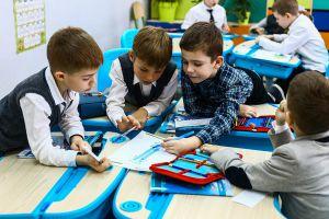 У Сумах допомагають підготуватися до школи
