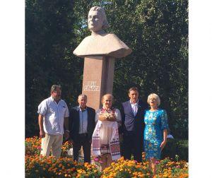 Автор песни «А льон цвіте» вернулся в Яснозорье