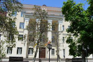 Суд зупинив перейменування проспекту Небесної Сотні на Жукова