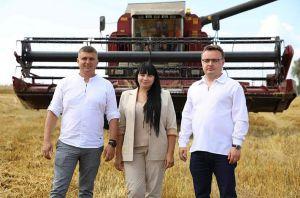 Народные депутаты Украины Арсений Пушкаренко и Татьяна Грищенко