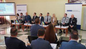 В Мариуполе состоялся І Конституционный форум
