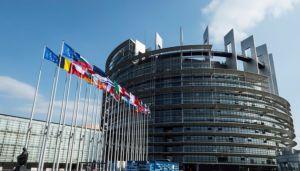 Европарламент напомнил Варшаве, что демократия — превыше всего