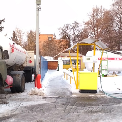 На Полтавщині податківці виявили три автозаправні станції