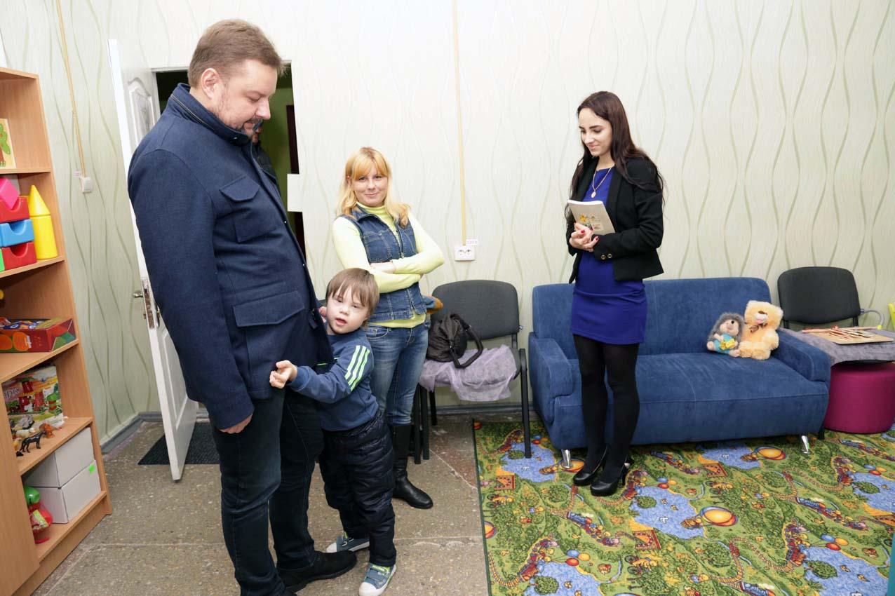 Влада Луганщини опікується розвитком освіти