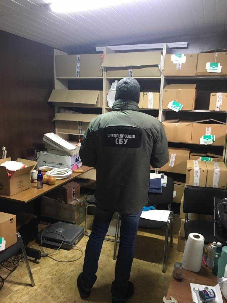 На Рівненщині СБУ викрила угруповання на контрабанді фальсифікованих стероїдів