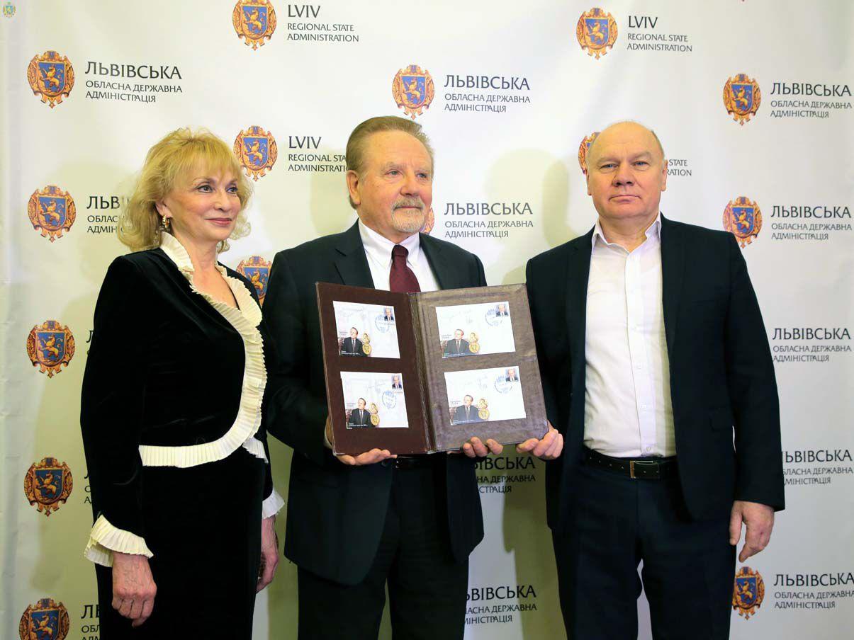 Нобелівський лауреат вважає себе українським ученим