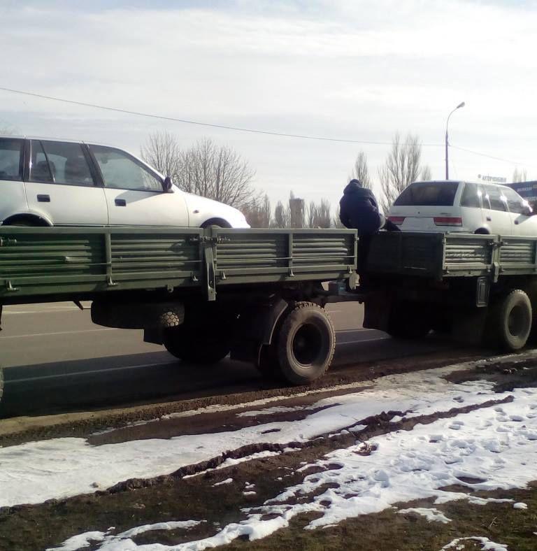 Машини податківців Херсонської області послужать армії