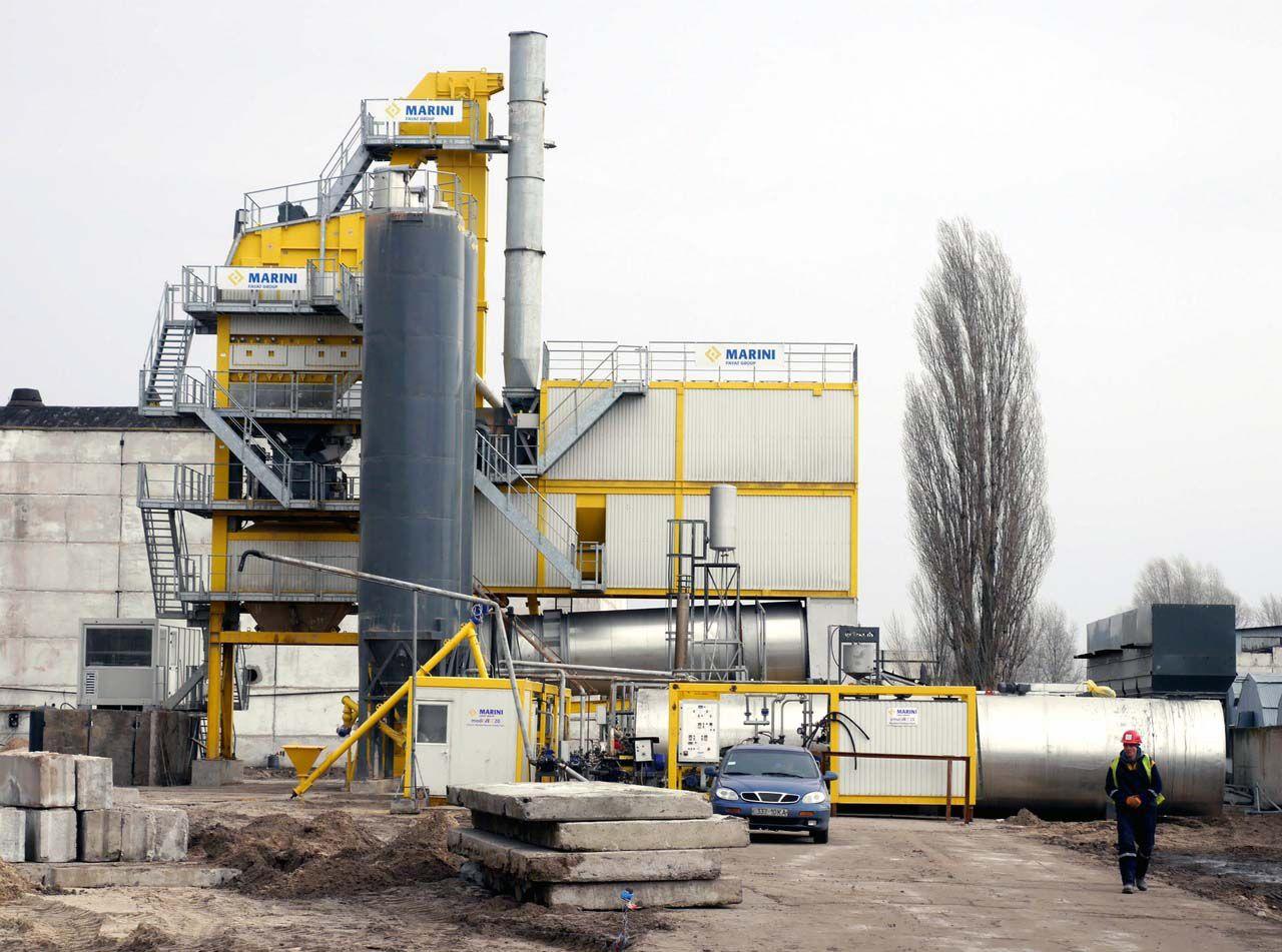 Потужності асфальтобетонного заводу вистачить на всю Луганську область