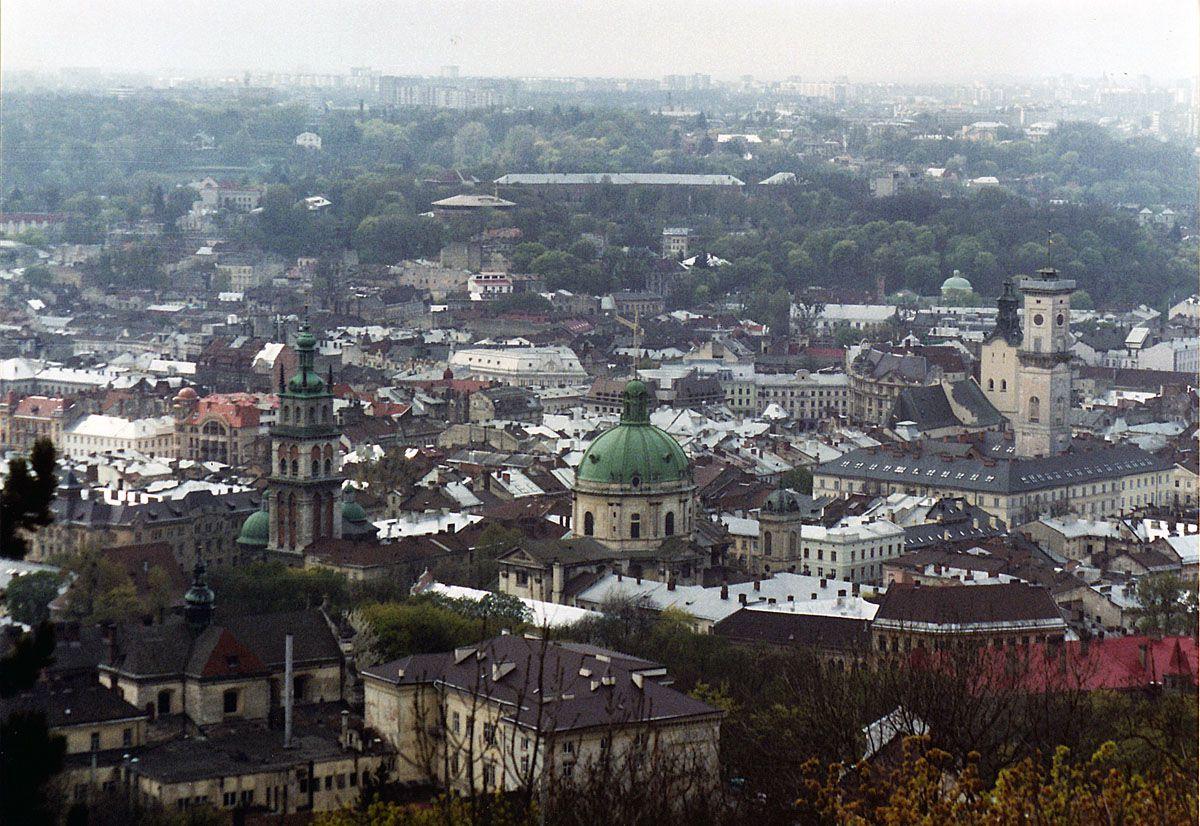 Щоранку на роботу з Тернополя до... Львова
