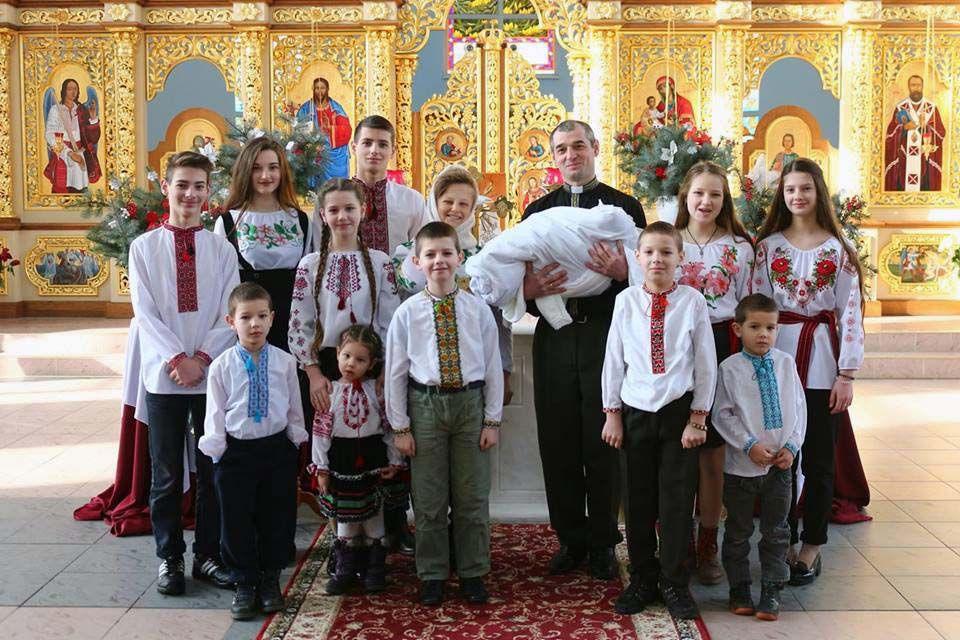 Золота дюжина подружжя Яремчуків