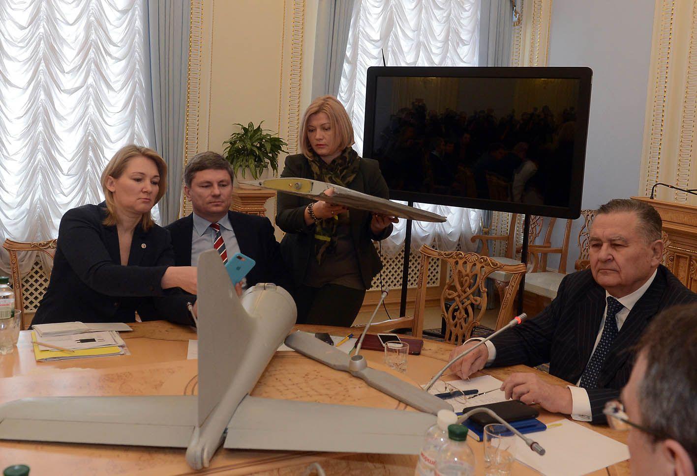 Українська сторона готова відкрити КПВВ «Золоте»
