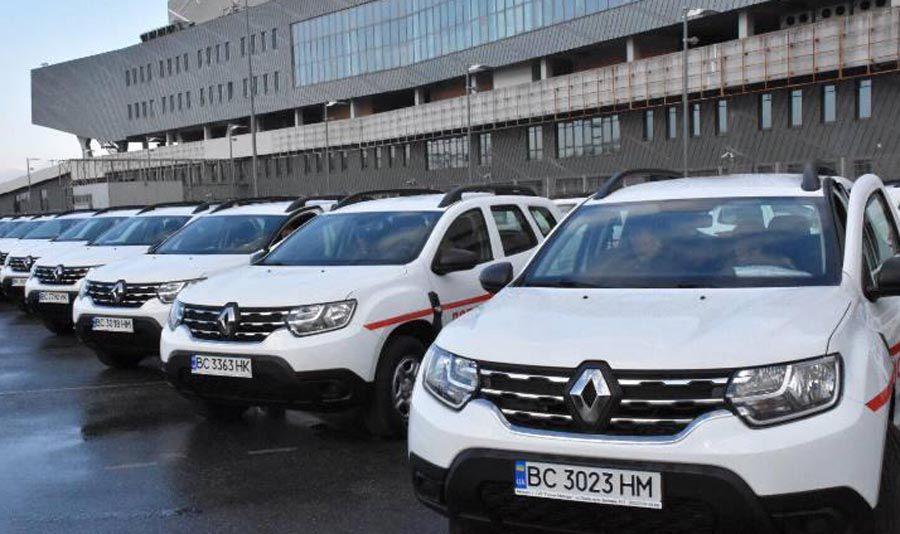 43 автомобілі передали сімейним лікарям сільських амбулаторій