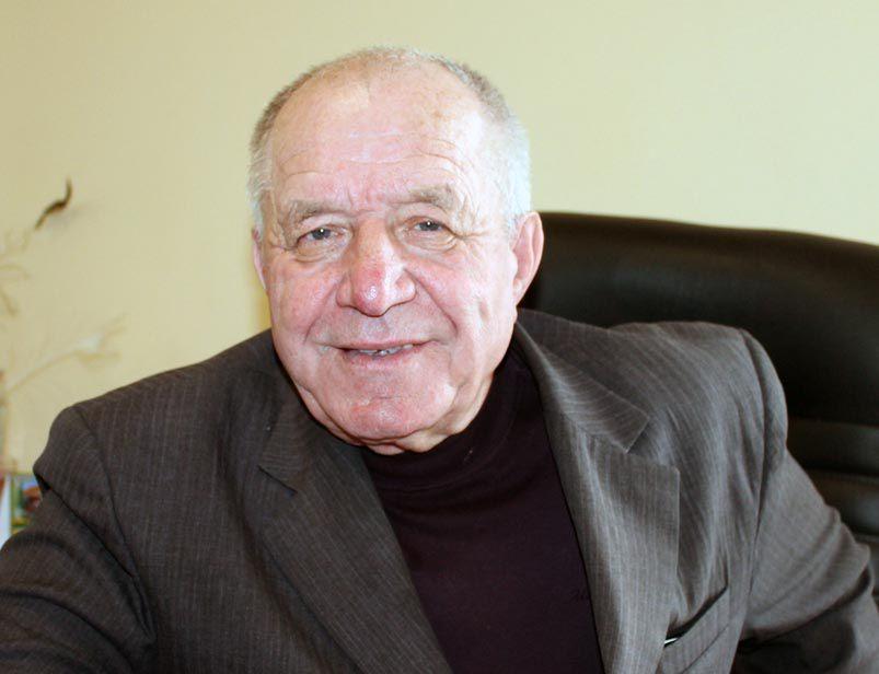 Петро Ягодка: «Хто тягне воза, того ще й поганяють»