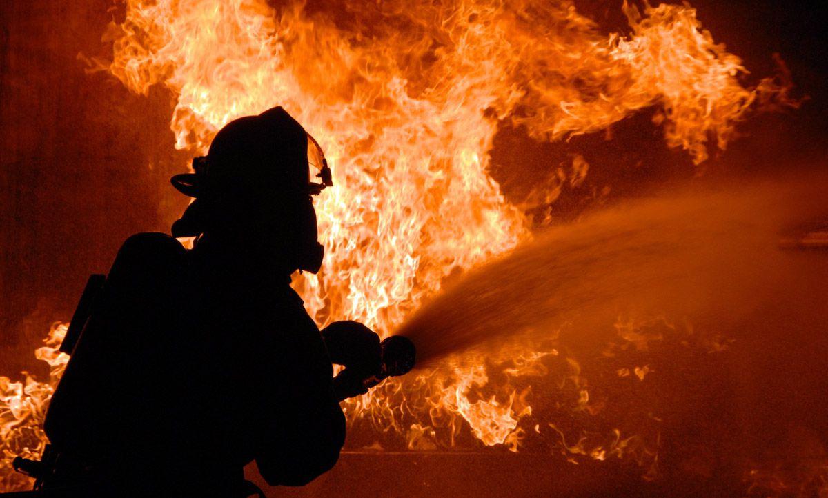 Церковь от огня спасли