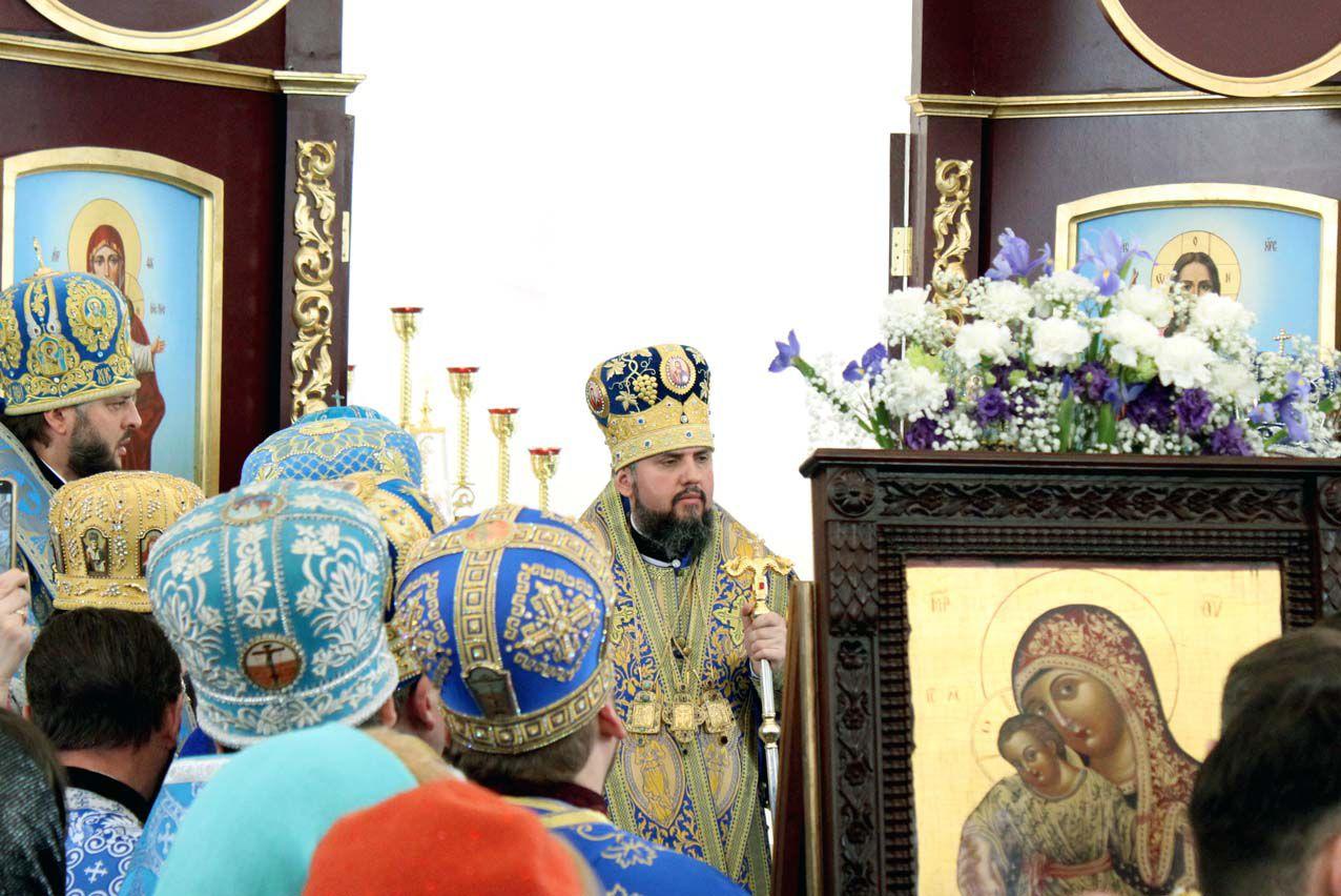 Напередодні Великодня службу провів митрополит