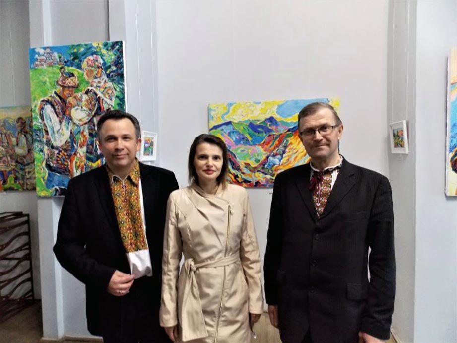 У Івано-Франківському краєзнавчому музеї проходить виставка «Священна Гуцульщина»