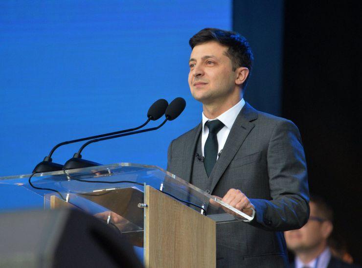 Керуючи країною, Володимир Зеленський має намір йти до кінця задля припинення вогню на Донбасі