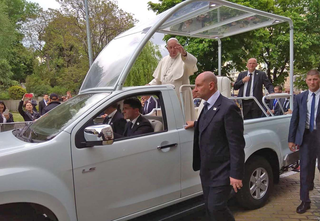 Папа приїхав до Болгарії на свята