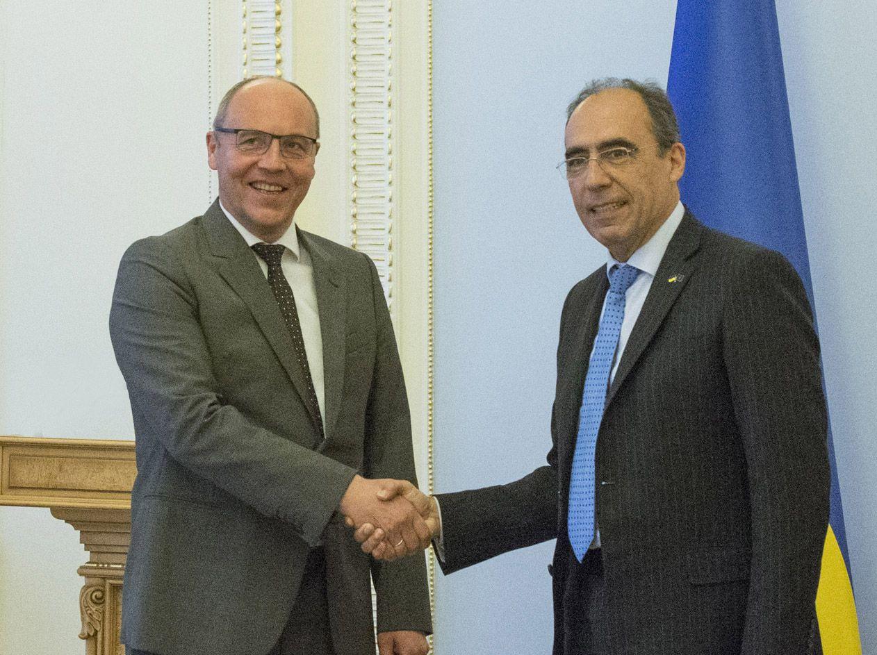 Співпраця України з НАТО продовжуватиметься