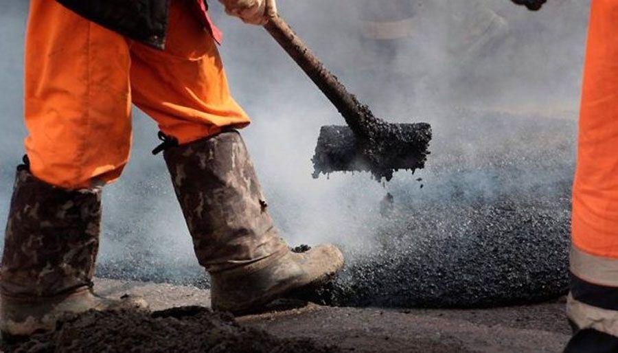 Вкрали понад 9 млн грн, виділених на ремонт доріг