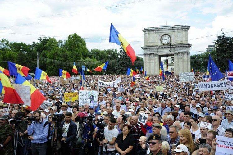 «Захоплена держава». Хто кого захопив у Молдові