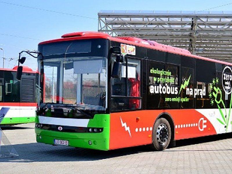 У Чернівцях замість тролейбусів і маршруток — електробуси