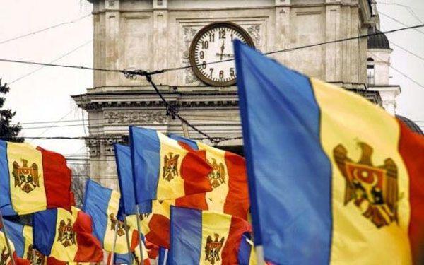 Молдова: двовладдя, тиск ззовні та загрози