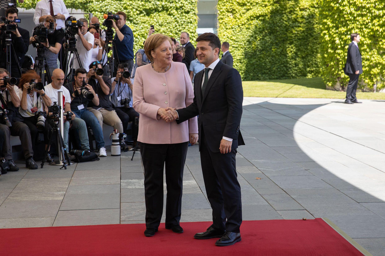 Ukrainer erwarten von der Bundeskanzlerin Hilfe bei der Wiederherstellung der Souveränität und Durchführung von Reformen