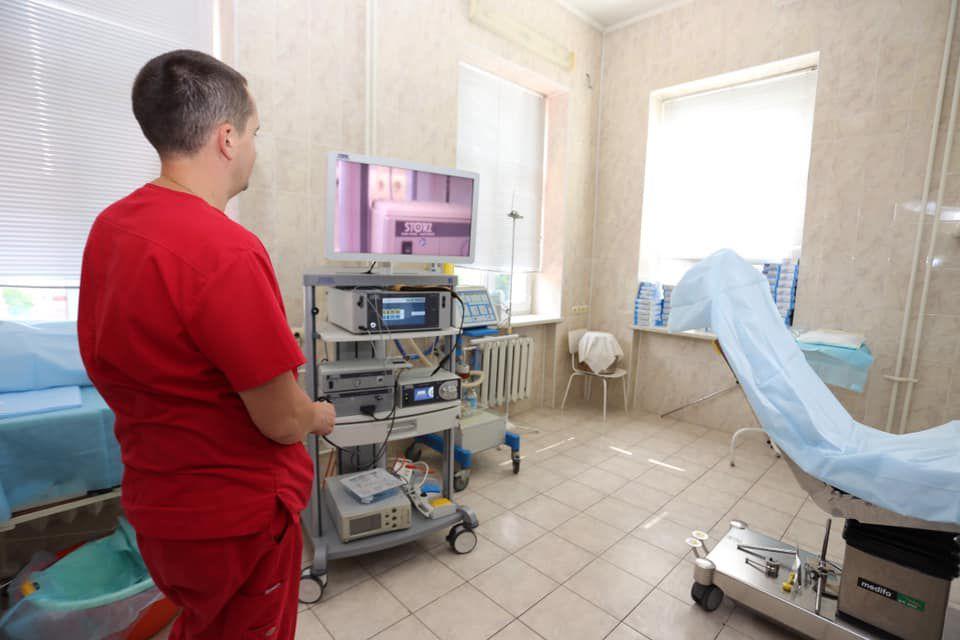 Навчились за кордоном — оперуватимуть удома
