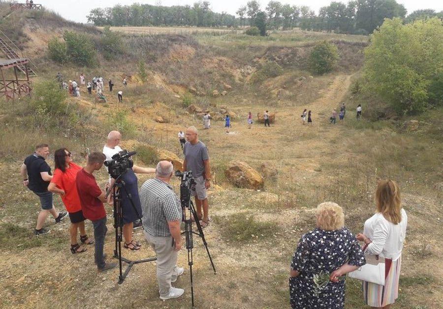 Місце падіння метеорита перетворять на туристичну Мекку